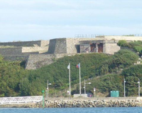 Visite guidée du fort de Pen Mané